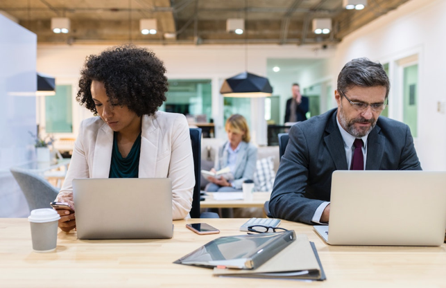 With a digital workplace built on a modern intranet, your organization's employee experience can better foster collaboration and productivity.